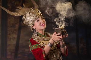 SIHIPA Merit Award - Airosa Alexandrino Lei (China) <br /> A Hmong Girl