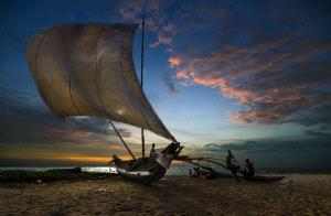 PhotoVivo Honor Mention - Zee Kek Heng (Singapore)  Sailing Boat At Beach
