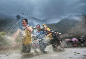 SIHIPA Merit Award - Jing Lai (China)  Lift The Buddha