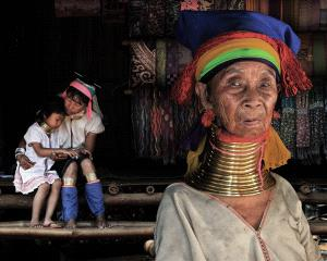 PhotoVivo Gold Medal - Seng Huat Phua (Malaysia)  Long Neck Women