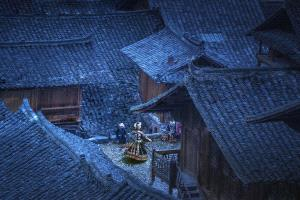 PhotoVivo Honor Mention - Weiqing Guo (China)  Life Is A Dance