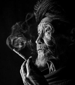 APAS Honor Mention - Weidong Zhong (China) <br /> Old Smoke Cavity