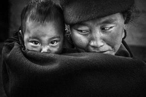 APAS Honor Mention - Lishu Shu (China) <br /> Mother And Child