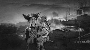 SIHIPC Bronze Medal - Peiwang Huang (China) <br /> Yi Mother And Son